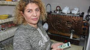 Manisa'da kadın işletmeci 'WhatsApp çay hattı' kurdu